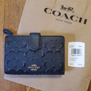 Medium Corner Zip Wallet - Black Leather - NWT!